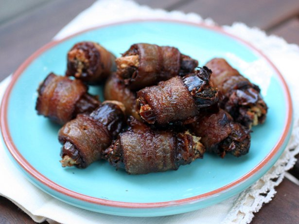 Bacon-Wrapped Chocolate Chipotle Dates