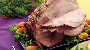 Baked Ham with Cherry-Apricot Sauce