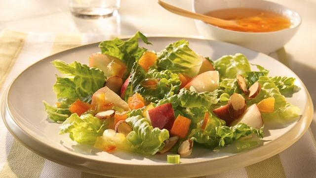 Image of Apple-almond Tossed Salad, Pillsbury