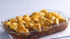 Cheesy Biscuit Bean 'n Beef Casserole Recipe