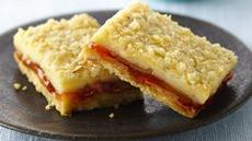 Strawberry-Filled Lemon Cream Cheese Bars Recipe