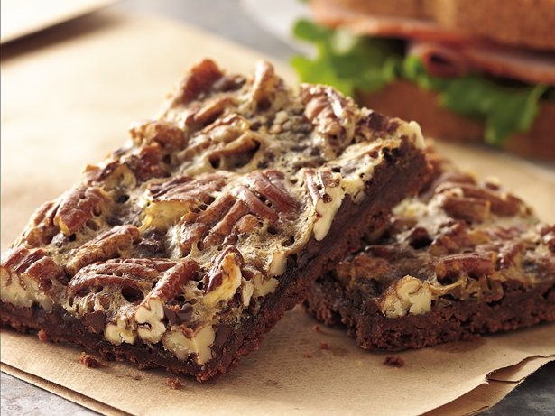Fudgy Pecan Pie Bars