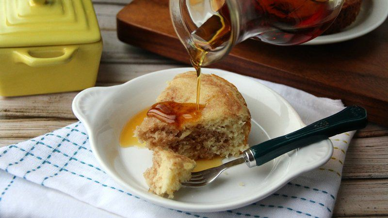 Slow-Cooker Cinnamon Roll Pancake