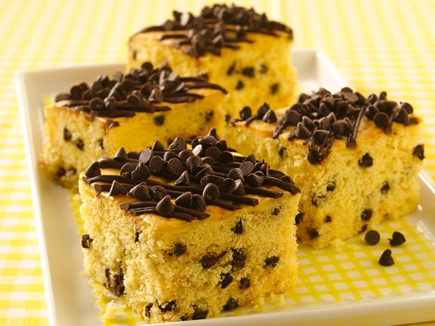 Chocolate Chip Snack Cake