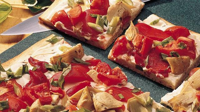 Image of Artichoke And Red Pepper Pizza, Pillsbury