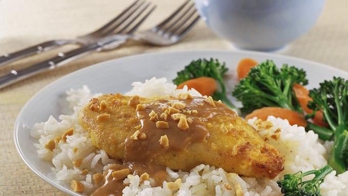 Thai Chicken with Spicy Peanut Sauce recipe - from Tablespoon!
