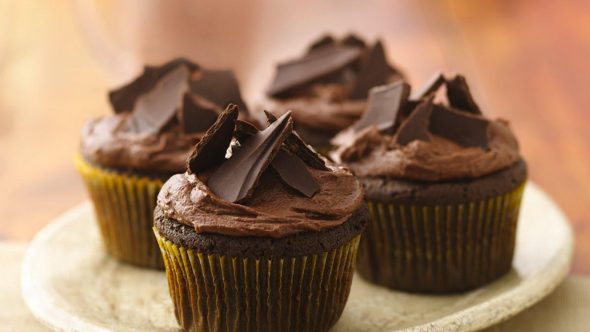 Aztec Chile-Chocolate Cupcakes - Life Made Delicious