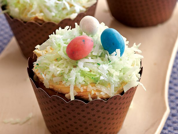 Bird's Nest Cupcakes
