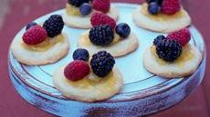 Mini Lemon Berry Pizzas Recipe