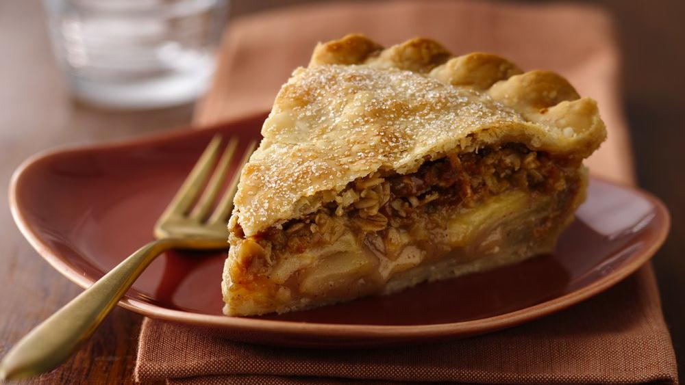 Pear Caramel Apple Praline Pie