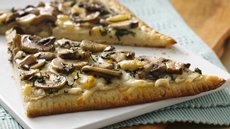 Roasted Garlic and Mushroom Flatbread Recipe