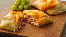 Big &amp; Cheesy Ham Hand Pies Recipe
