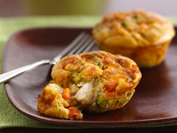 how to make mini chicken pot pies with bisquick