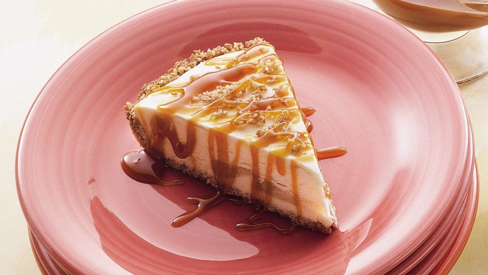Frosty Apple Cheesecake with Caramel Topping