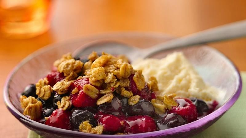 Mixed-Berry Granola Crunch
