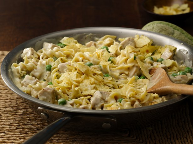 Easy Turkey and Noodles Skillet