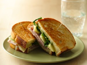 Grilled&#32;Ham,&#32;Cheese&#32;and&#32;Apple&#32;Sandwiches
