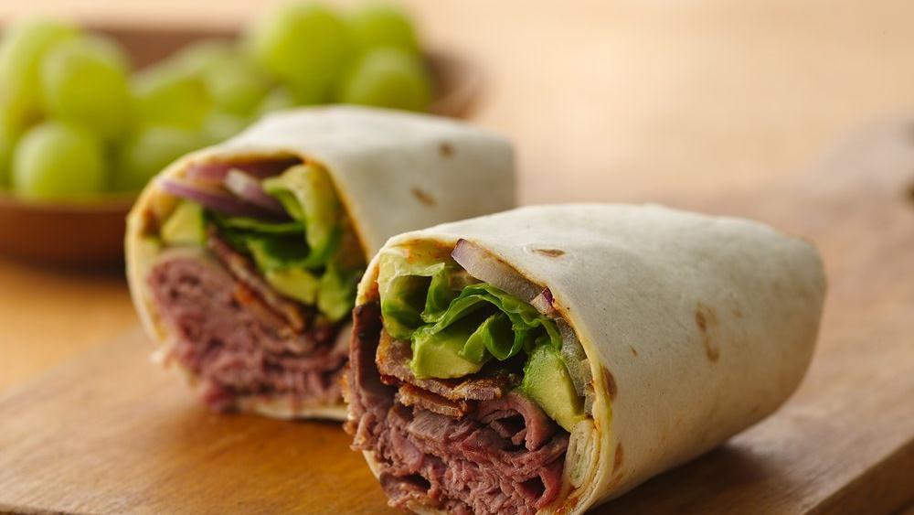 Roast Beef and Bacon Wrap with Spicy Chili