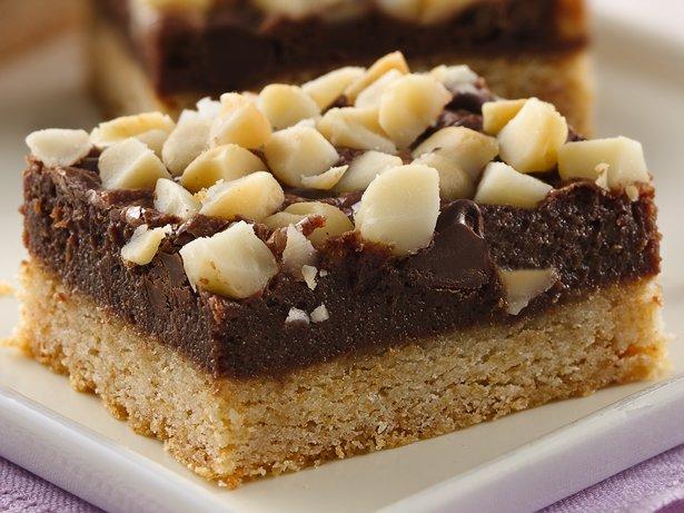 Black and White Chocolate Macadamia Bars recipe from Betty Crocker