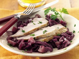 Slow Cooker Pork with Sweet-Sour Red Cabbage