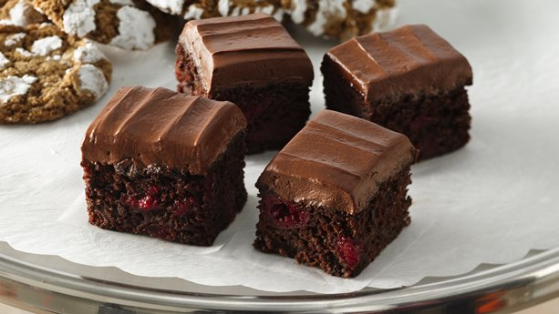 Gluten-Free Triple Chocolate Cherry Bars | General Mills Convenience ...