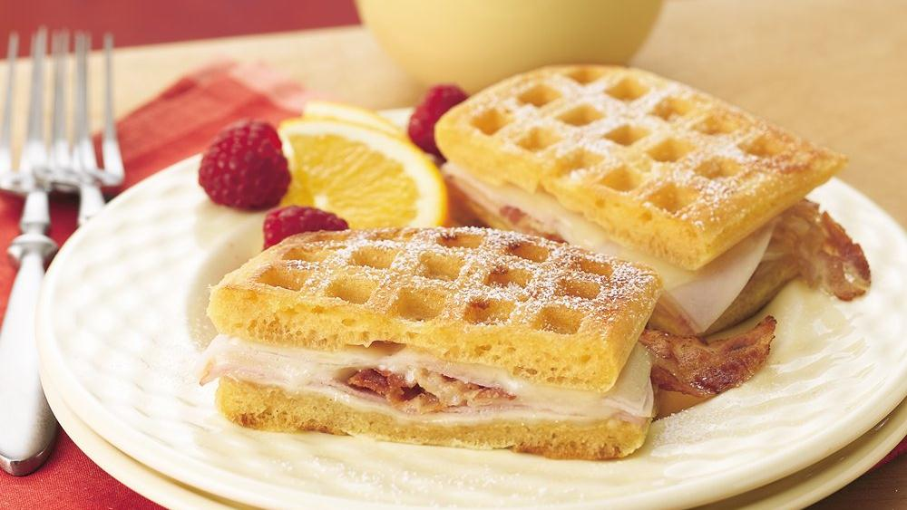 Monte Cristos with Raspberry Yogurt Dip