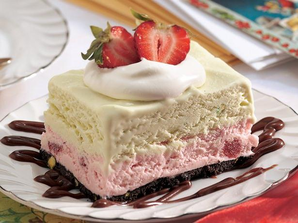 Frozen Strawberry-Pistachio Dessert