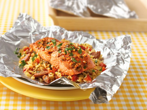 Grilled Salmon Paella Packs