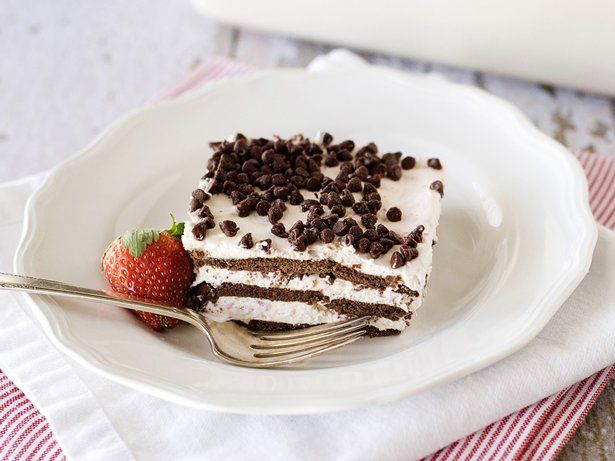 Chocolate-Strawberry Icebox Cake