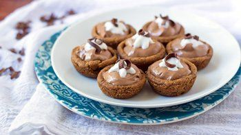 Mini French Silk Cookie Pies