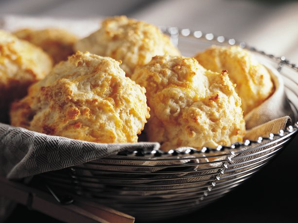 Bisquick Heart Smart Cheese-Garlic Biscuits