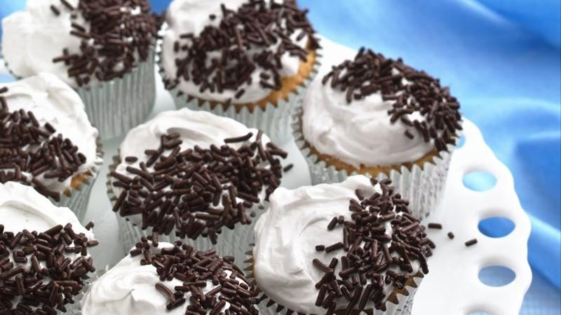 Black and White Rum Cakes
