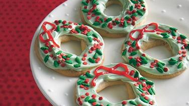 Holiday Wreath Sugar Cookies