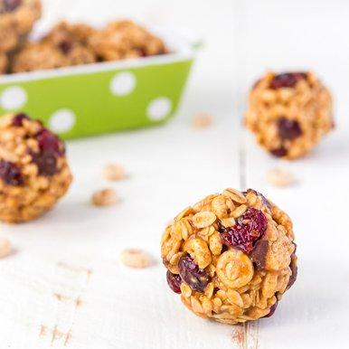 oats and peanut butter balls