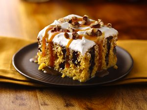 Caramel-Drizzled&#32;Pumpkin&#32;Poke&#32;Cake