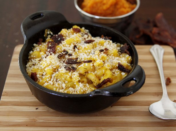 Pumpkin Macaroni and Cheese with Crispy Bacon