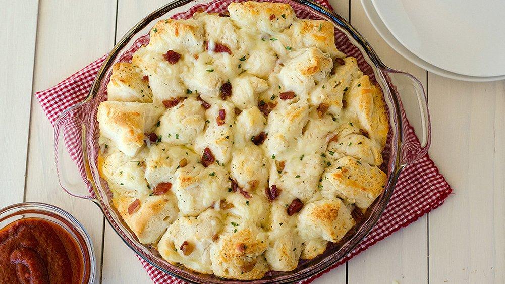Bacon-Ranch Cheesy Pull-Apart Bread recipe from Pillsbury.com
