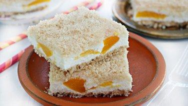 Peaches and Cream Cookie Bars