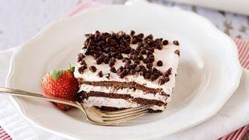 Chocolate-Strawberry Icebox Cake