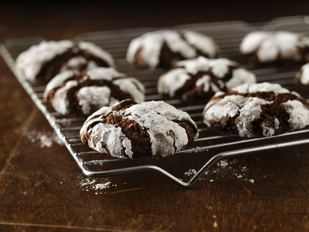 Gluten Free Chocolate Crinkles