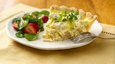 Herbed Chicken and Broccoli Quiche Recipe