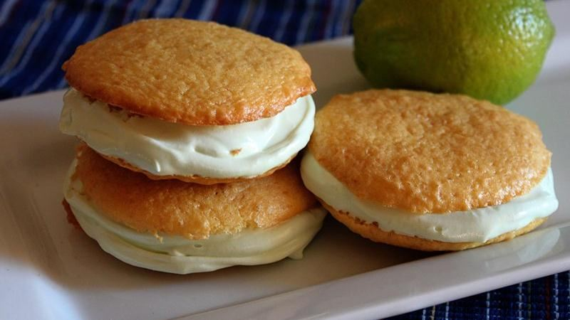 Key Lime Whoopie Pies
