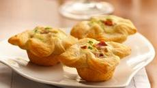 Onion-Cheese Custard Tartlets Recipe