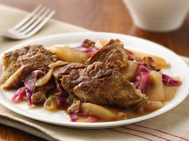 Slow Cooker German Red Cabbage and Pork Ribs