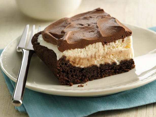 Mud Slide Ice Cream Cake