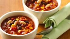 Vegetarian Black and White Bean Chili Recipe