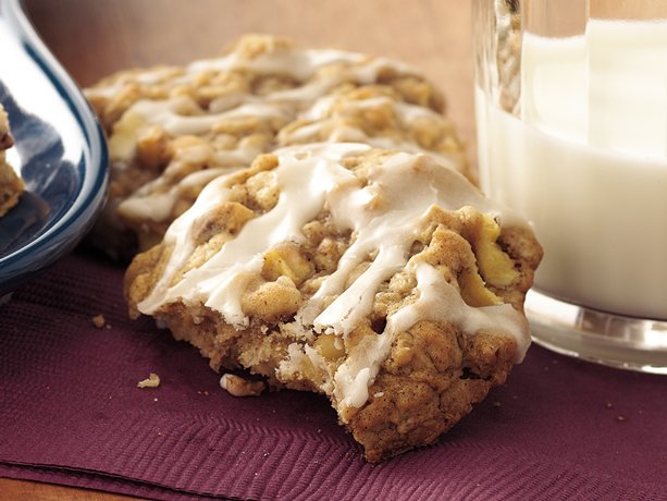 Image of Apple-spice-oatmeal Cookies, Betty Crocker