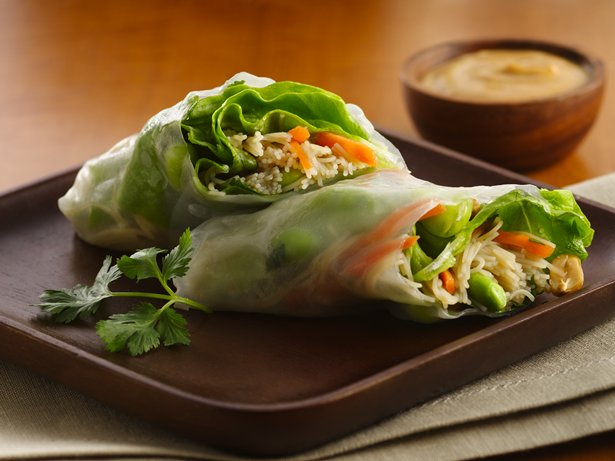 Fresh Spring Rolls with Peanut Sauce