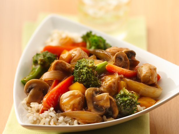 Summer Garden Chicken Stir-Fry recipe from Betty Crocker