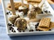 S&#39;more Shortcake Pops